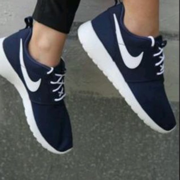 Nike Roshe one women's blue white shoes